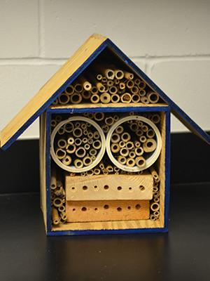 pollinator_hotel